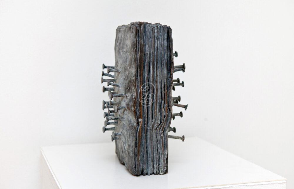 Günther Uecker Zeitungsblock Skulptur Galerie Till Breckner