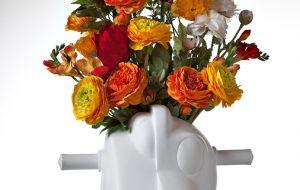 Jeff Koons, Split Rocker, 2012. Porzellan, 36 x 40 x 33 cm