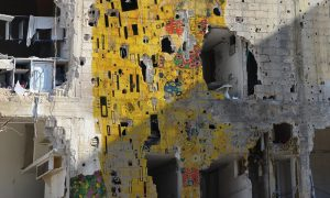 Tammam Azzam, Freedom Graffiti, Gustav Klimt's 'The Kiss', 2013 © Tammam Azzam