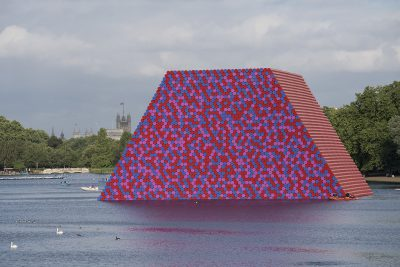 Christo & Jeanne-Claude, Wolfgang Volz, The London Mastaba, Motiv 1, 2018