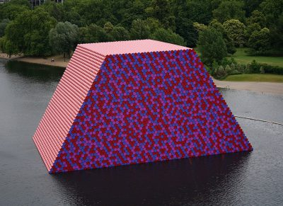 Christo & Jeanne-Claude, Wolfgang Volz, The London Mastaba, Motiv 3, 2018