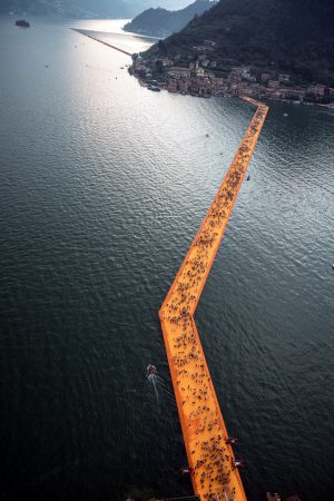 Christo & Jeanne-Claude, Wolfgang Volz, Lago d'Iseo – WV 19, 2016