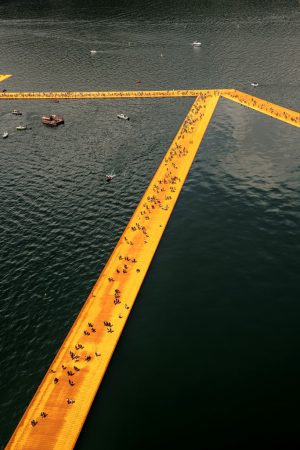 Christo & Jeanne-Claude, Wolfgang Volz, Lago d'Iseo – WV 23, 2016