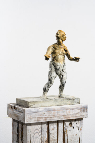 Markus Lüpertz, Sternzeichen – Waage, Skulptur, 2018. Bronze, handbemalt, 50 x 37 x 20 cm, 30 arab. zzgl. 6 röm. Exemplare | Entdecken Sie die Tiekreiszeichen von Markus Lüpertz.