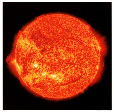 Katharina Sieverding, Die Sonne um Mitternacht schauen SDO/NASA (red), 2017
