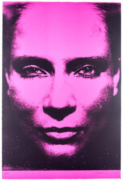 Katharina Sieverding, Die Sonne um Mitternacht schauen 7A/III /196 /1973, monocrome-pink, 2015