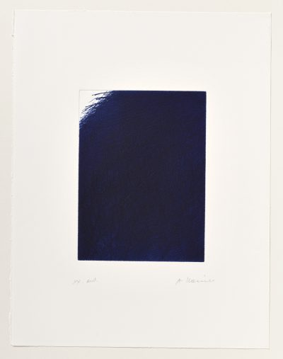 Arnulf Rainer, Dunkle Decke (Zudeckung mit Restecke, Blauer Mantel), 1976/1991