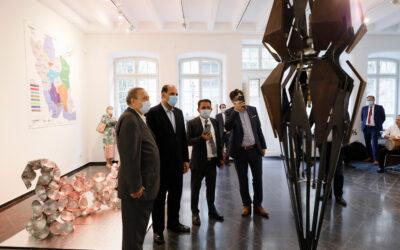 Iranische Künstler huldigen Uecker