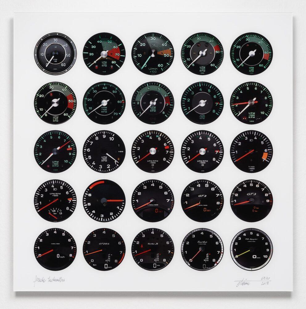 Etienne Salomé Porsche Tachometers Lambda-Print 2018 100 x 100 cm 70 signierte Exemplare - erschienen beim Kunstverlag Till Breckner